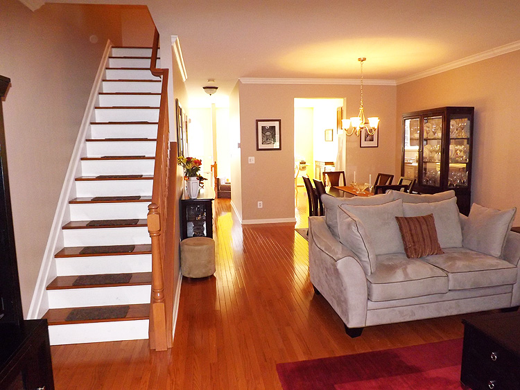 Cambridge Heights Townhome For Sale In Nutley Nj Nutley